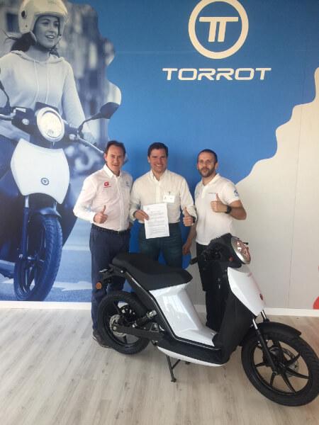 VERTICAL eMobility GmbH ist neuer Importeur für Torrot